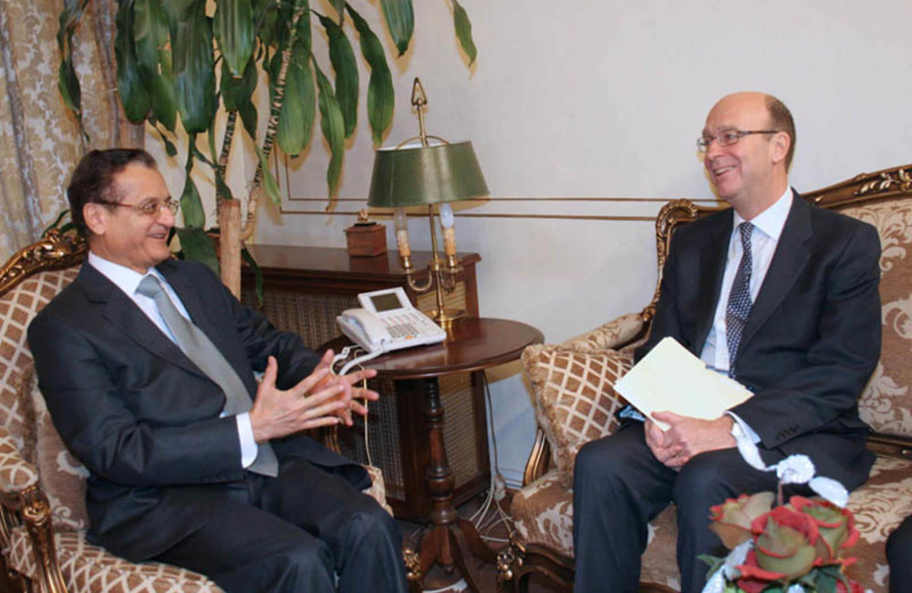 SCL Derek Plumbly First Meeting with Foreign Minister Adnan Mansour (08 02 12)- Photo DalatiandNohra