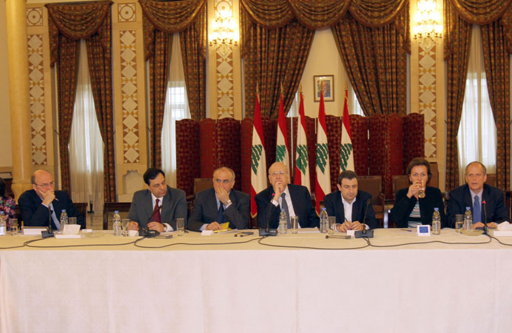 SCL Plumbly Attends Lebanese Government Donor Meeting for Syrian Refugees (17 12 12)-Photo dalatinohra