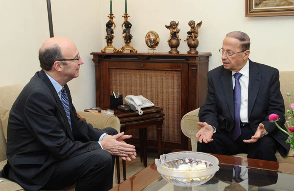 SCL Plumbly first meeting with MP Michel Aoun (22 02 12) - Photo MP Aoun's Press Office