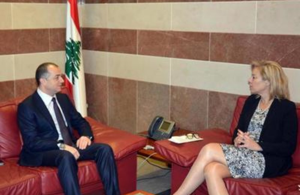 SCL Sigrid Kaag meets with Elias Bou Saab, Education and Higher Learning Minister(16 02 15)