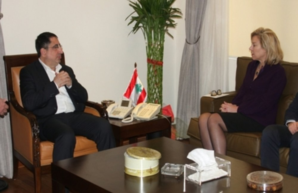 SCL Sigrid Kaag meets Lebanon Minister of Industry Hussein Hajj-Hassan (23 02 15)
