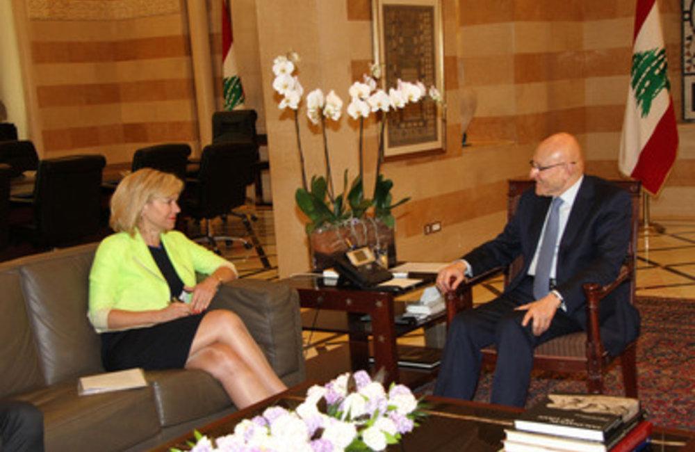 U.N. Special Coordinator Sigrid Kaag with Prime Minister Tammam Salam (27 03 2015)