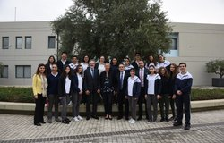 Special Coordinator Kaag with the students of SABIS school
